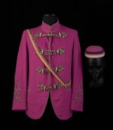 Korporacyjna kurtka mundurowa członka korporacji Corps Thuringia Heidelberg wraz z elementami uzupełniającymi: czapką i szarfą z zapięciem