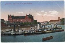 Most Pokoju z widokiem na dawny gmach Rejencji i Wyspę Piaskową we Wrocławiu
