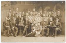 Portret zbiorowy członków korporacji akademickiej