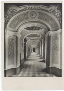 Uniwersytet Wrocławski – korytarz pierwszego piętra