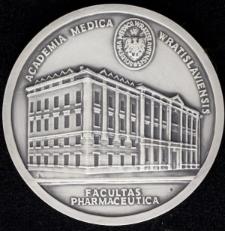Wydział Farmaceutyczny Akademii Medycznej we Wrocławiu – 50-lecie istnienia